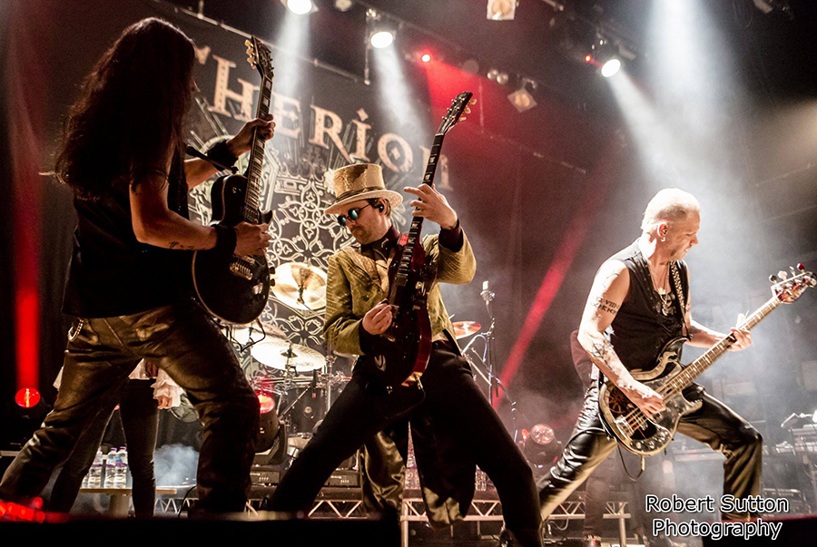 Prekybos centras VCUP_Rock River_THERION_live_04